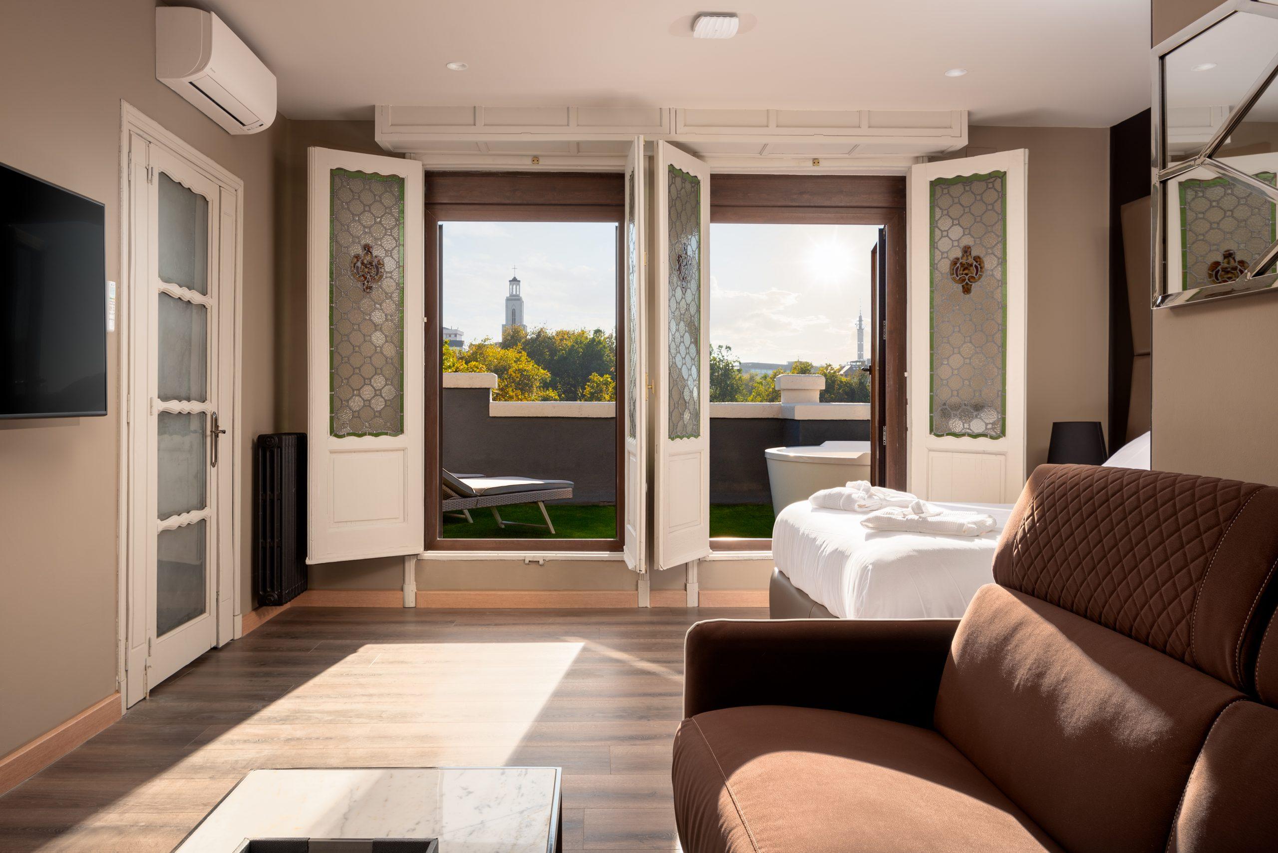 Apartamento-Suite-Atico-61-Oviedo-1907-05