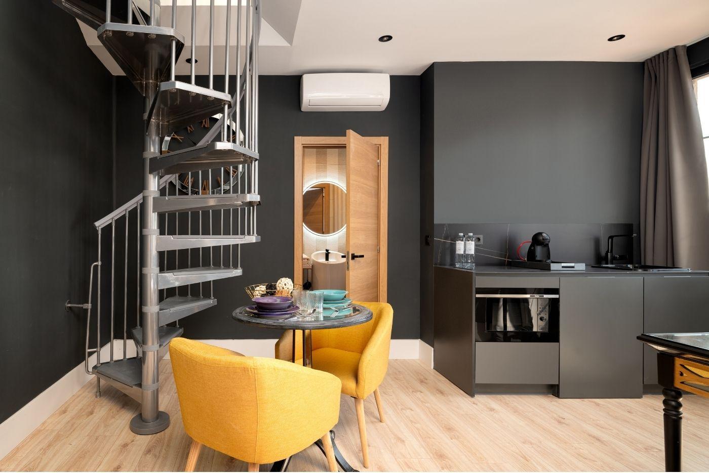Apartamento-Atico-Duplex-74-Oviedo-1907-02