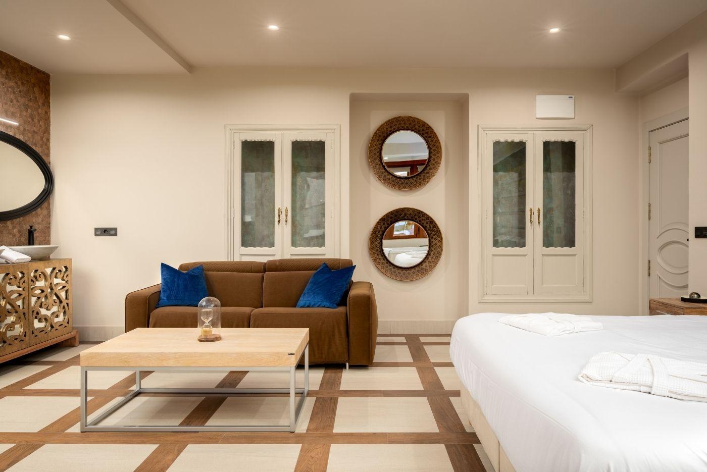 Apartamento-Suite-Deluxe-64-Oviedo-1907-03